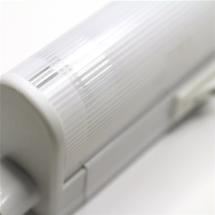 lampenlux led unterbauleuchte mocky k chenleuchte aufbaulampe schalter warmwei 118 2cm 53187led. Black Bedroom Furniture Sets. Home Design Ideas